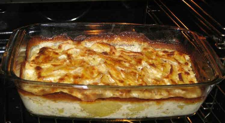 Aardappelschotel met Snijbone